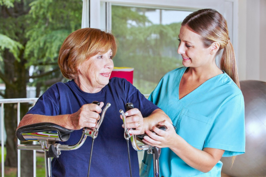 The Health Benefits of Physical Therapy for Seniors